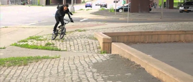 BMX – Alex Magallan and the sketchy road gap