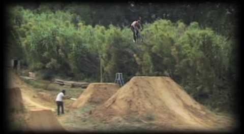 Source BMX 'GOLD MEDS!' Extras – JON ROBINSON