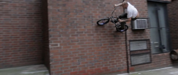 BMX – A DAY IN THE LIFE OF MIKE HODER