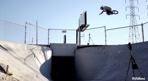 One word: Style. Matt Roe's 2014 video ( BMX )