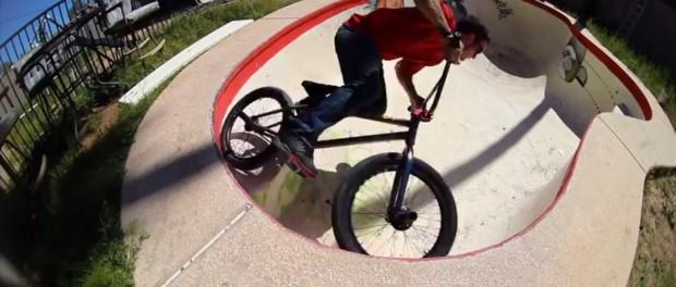 BMX: Off the Deep End – BMX Pool Riding