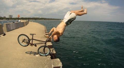 Parkour BMX Bike Stunts – Tim Knoll
