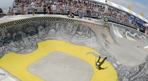 BMX – Ever Wonder What Tom Dugan Is Thinking During High Air?