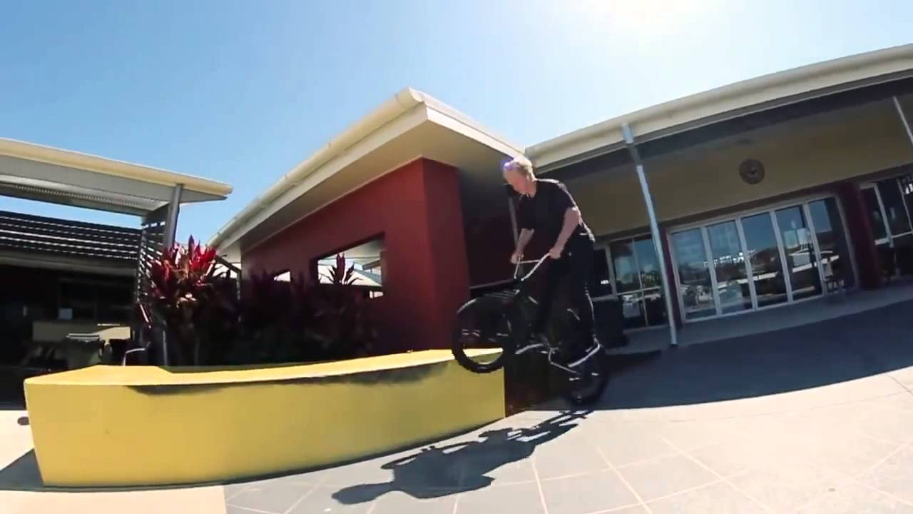 BMX – 17 Year Old Tech Wizard Lewis Morgan