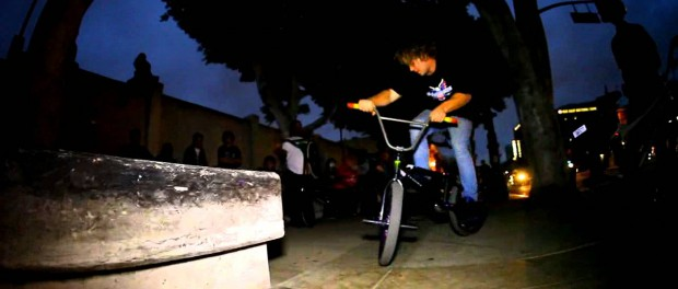 BMX – ONSOMESHIT HALLOWEEN STREET JAM