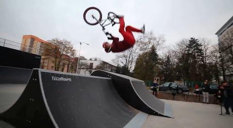 BMX Rider Gets Destroyed Front Flipping A Spine