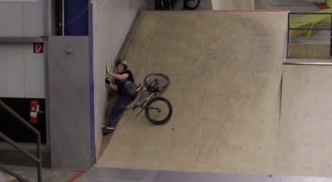 Crazy Gap to Wallride to Whip – BMX (includes Crashes)