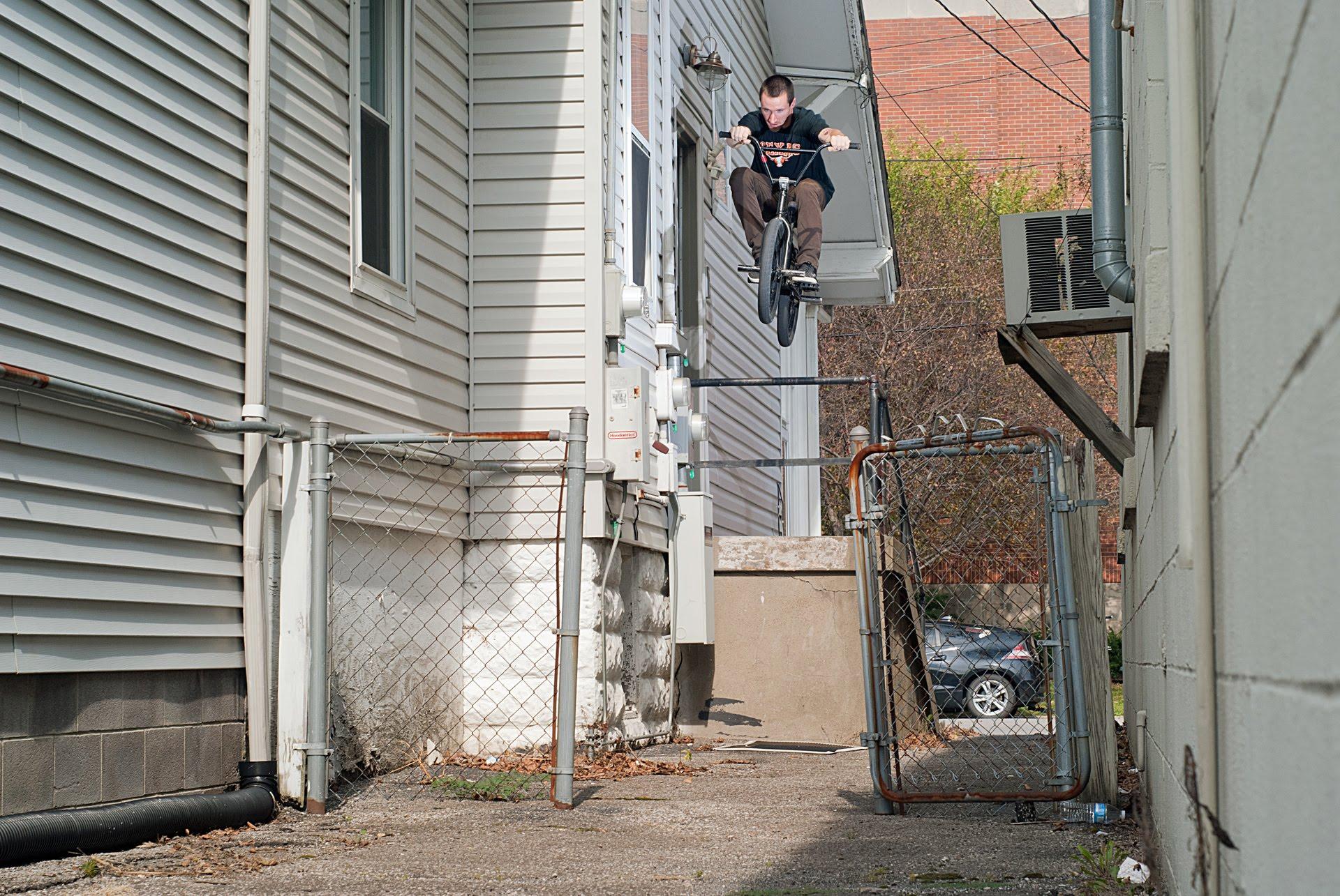 "BMX Street – Jordan Stump in Word ""Five"""