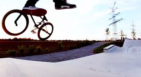 BMX – Awesome Birthday Skatepark Session!
