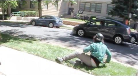 BMX – Bike Hits Car Trying A Rail