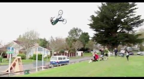 BMX – HUGE FRONT FLIP CRASH