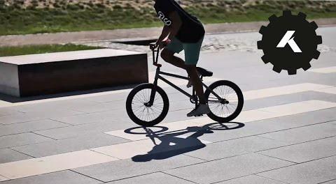 BMX: KHE Bikes Street Plaza Session!