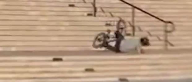 NASTY MONDAYZ – 22 Stair 360 Straight To The Head