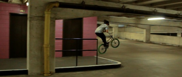 Shane Weston Fakie Barspin Manual to Fakie Barspin out !!