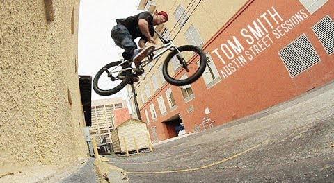 Tom Smith: Austin, TX Street Sessions