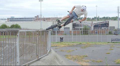 BMX – Mutiny Lime Street Video – Matt Roe & Robbo