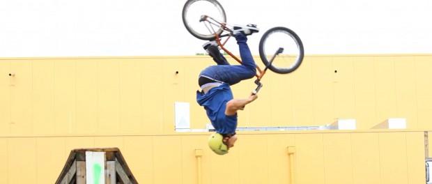 BMX Bike riding: Street & Park Webisode by woozyBMX