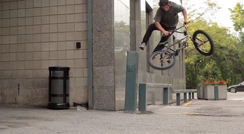 BMX – Steven Moxley Is a Biking Robot