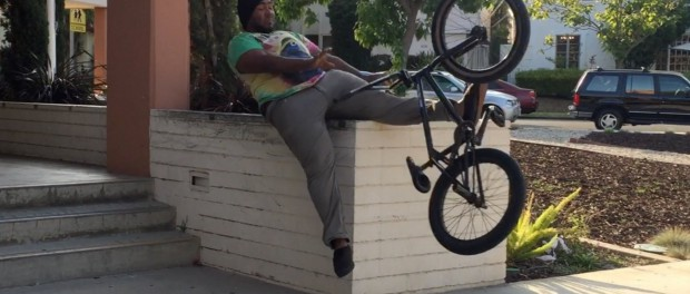 HOOD DUDE BUSTS HIS ASS TRYING TO RIDE BMX