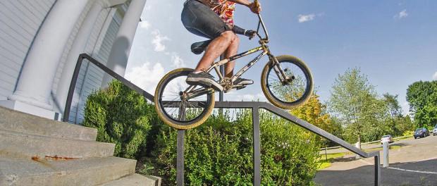 Jordan Grandinetti – The 17 Year Old Handrail Machine (BMX)