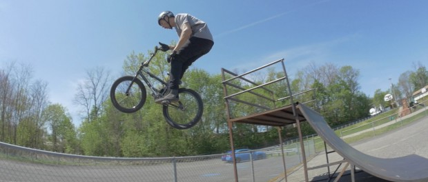 BARSPIN OUT OF THE SKATEPARK!