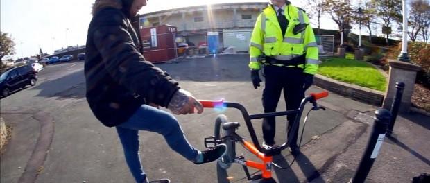 BMX VS POLICE