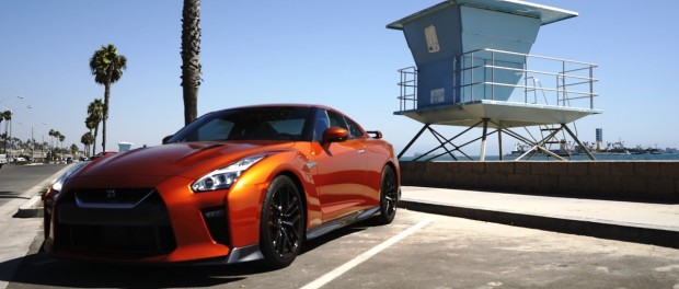 DRIVING THE NEW 2017 GT-R!