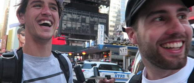 TRIPLE SKITCH IN NYC TRAFFIC (BMX)