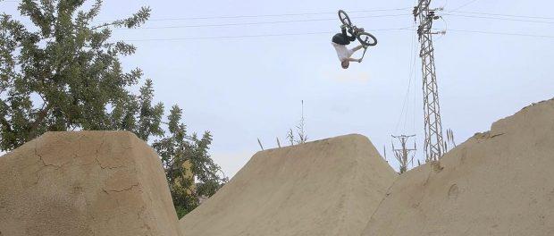 Sergio Layos Rides The Fly Bikes Lunar Rim