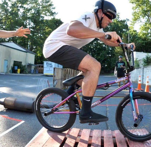 *IMPOSSIBLE* Blindfolded BMX Maze!