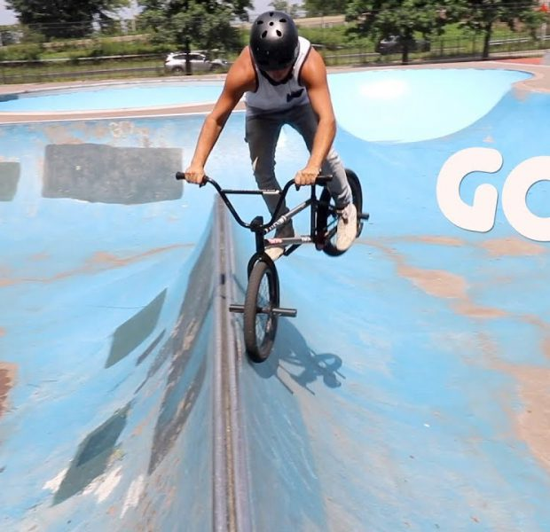 Brooklyn New York Skatepark! *GAME OF BIKE*