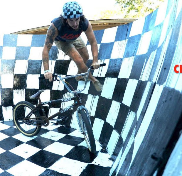 Vans Checkerboard Day Curved Wall Ride Party!