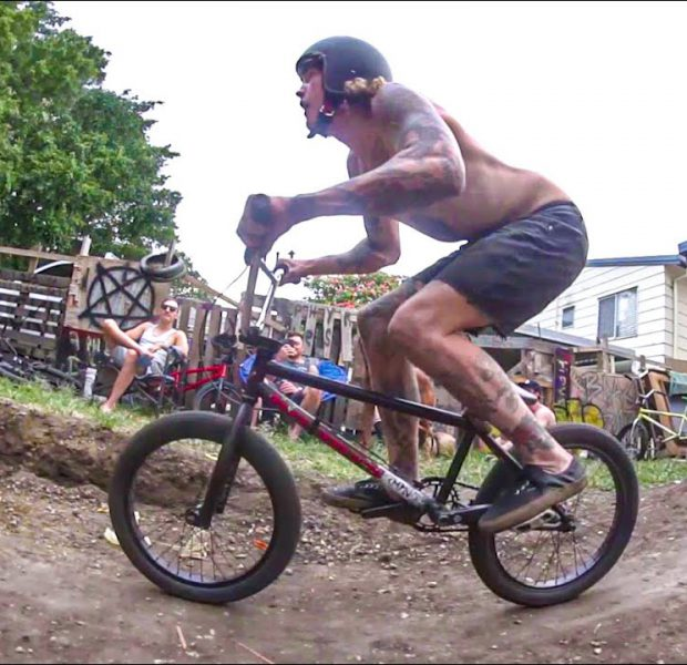 ➡️ BMX Backyard Party VS Dirt jumps in Australia :) (RAW/Webisode)