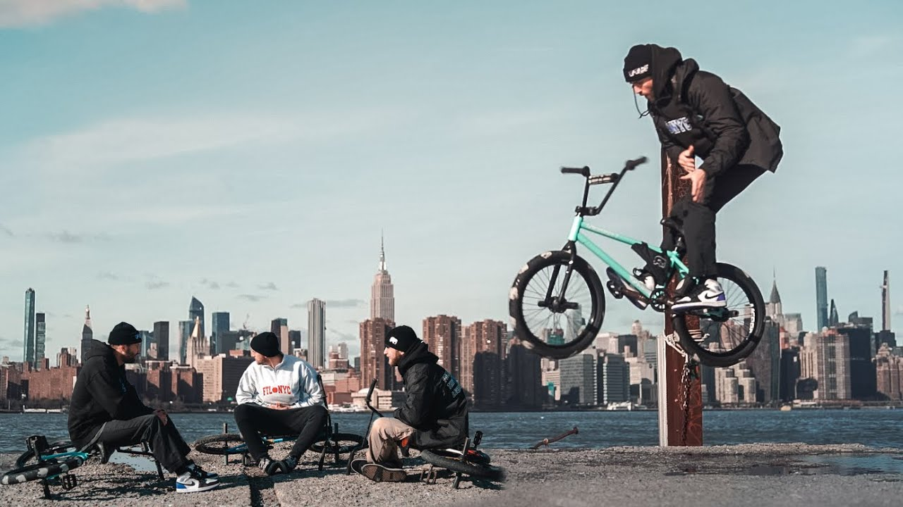Follow-The-Leader-BMX-in-NYC-Holiday-2020