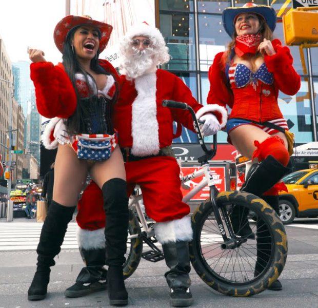 Bad Santa Takes Over New York City!
