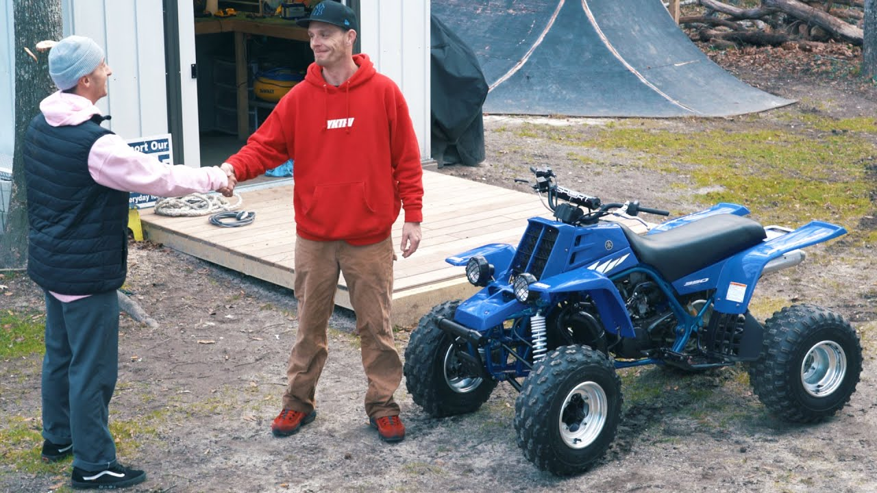 Surprising-A-Fan-With-A-Brand-New-Yamaha-Banshee